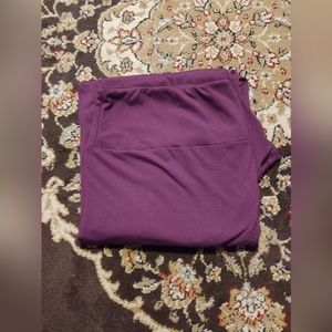 Lularoe Tc2 plum purple leggings solid